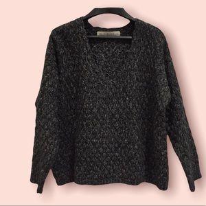 Zaraknit sweater size Medium